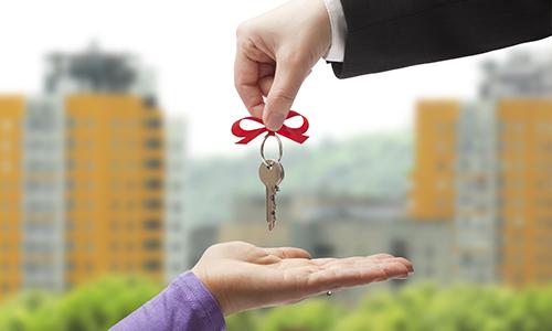 В первом квартале каждый час в новостройках приобреталось 9 квартир и апартаментов